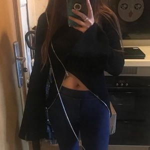 Sweaters - Black loop zipper sweater
